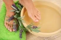 Gyógynövényes lábfürdő
